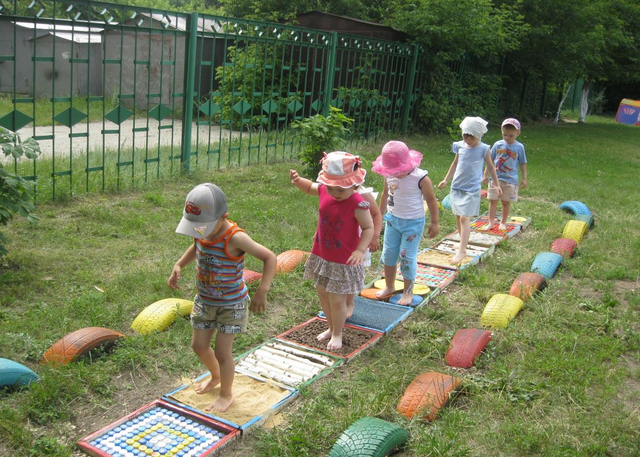 Как оформить площадку в детском саду своими руками